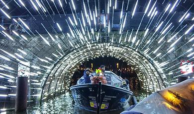 Met KINboat naar Amsterdam Light Festival
